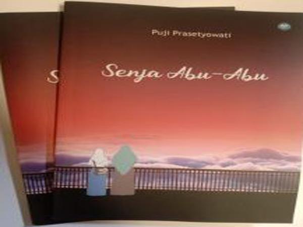 Novel Senja Abu-abu Seri 5